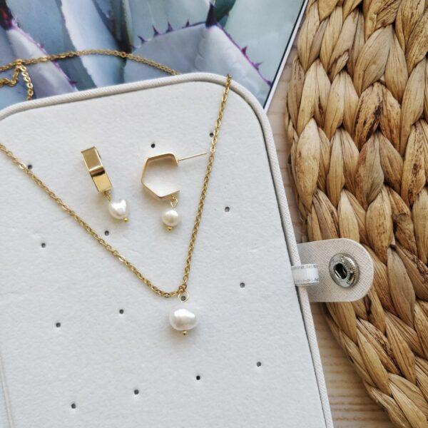 Aretes bonitos dorados perla