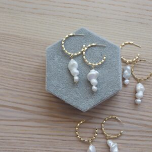 Aretes perla natural